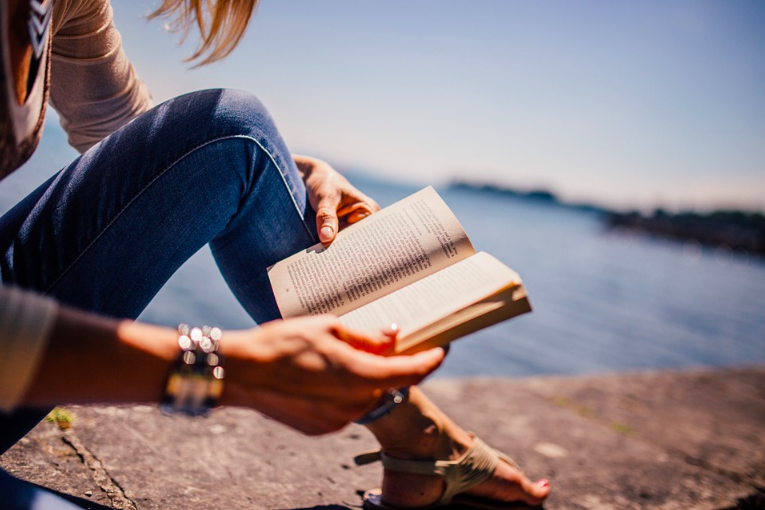 5 books for your summer reading list!