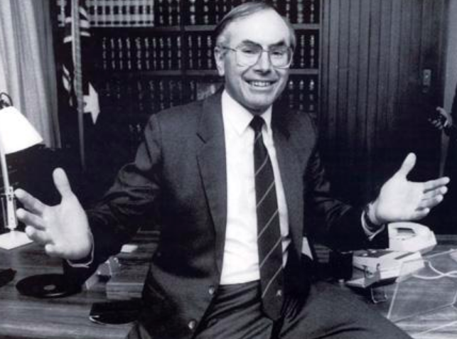 Cabinet papers reveal John Howard's attempts to restrict IVF